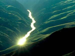 river_through_a_valley-1743