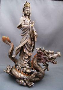 kwan-yin-on-dragon-YT-7828