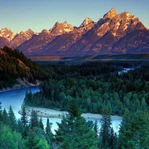 snake river in the Tetons
