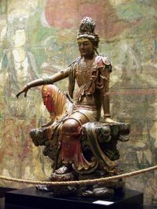 Liao_Dynasty_Avalokitesvara_Statue_Clear
